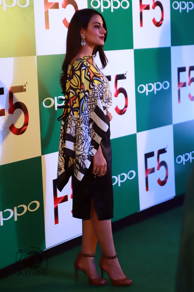 Iqra Aziz at OPPO F5 Launch